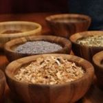 Square_1502732263-bowls_dried_herbs