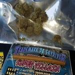 Square_smoking_on_api_image_02c2dedead4eee37bb11f50e91cbf860